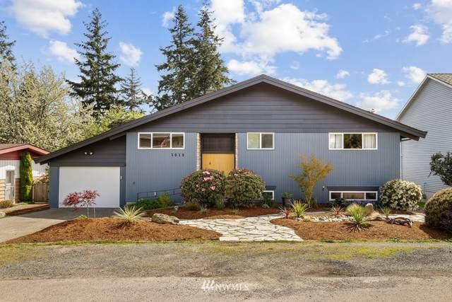 3019 SW 110th Street, Seattle, WA 98146 (#1763122) :: Alchemy Real Estate