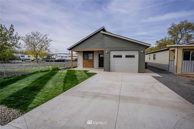 324 5th Avenue SE, Soap Lake, WA 98851 (#1763713) :: Icon Real Estate Group
