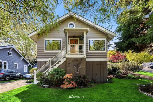 5217 5th Avenue NE, Seattle, WA 98105 (#1763745) :: Northwest Home Team Realty, LLC