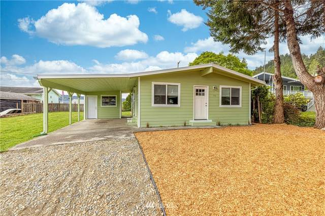 190 N Ayock Beach Drive, Lilliwaup, WA 98555 (#1763887) :: Beach & Blvd Real Estate Group