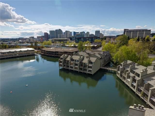 4 Lake Bellevue Drive #208, Bellevue, WA 98005 (#1764019) :: Beach & Blvd Real Estate Group
