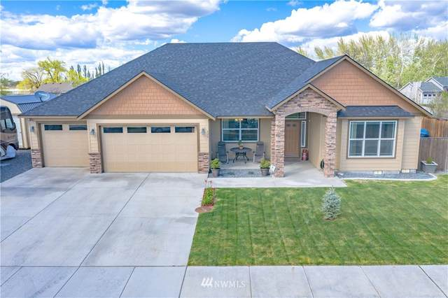 420 S Astor Loop, Moses Lake, WA 98837 (#1764246) :: Provost Team | Coldwell Banker Walla Walla