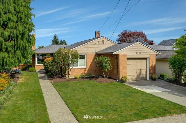 6242 53rd Avenue NE, Seattle, WA 98115 (#1764651) :: Northwest Home Team Realty, LLC
