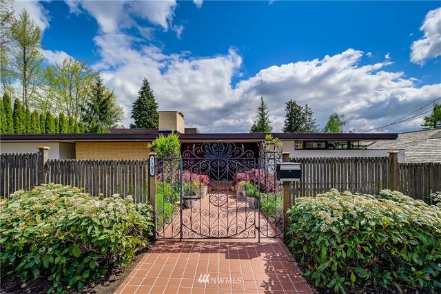 7102 55th Avenue S, Seattle, WA 98118 (#1764878) :: Icon Real Estate Group