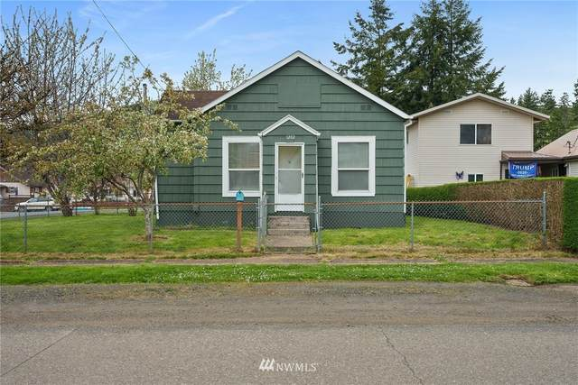 1202 Larch Street, Raymond, WA 98577 (MLS #1764938) :: Community Real Estate Group