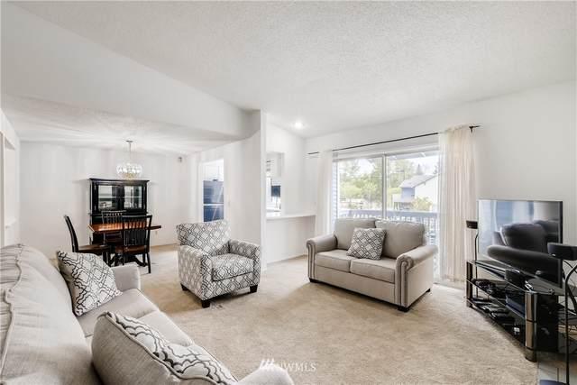 10813 SE 172nd Street 2D, Renton, WA 98055 (MLS #1765071) :: Community Real Estate Group