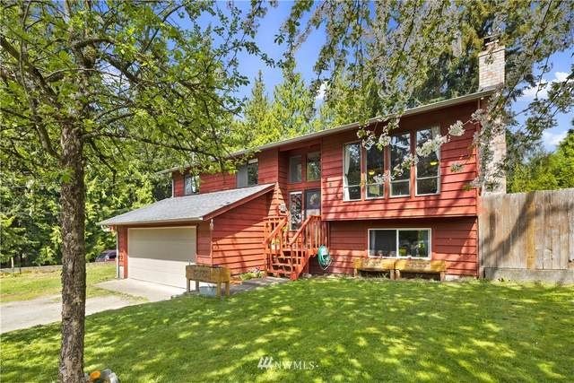 3319 158th Place NW, Stanwood, WA 98292 (#1765473) :: Ben Kinney Real Estate Team