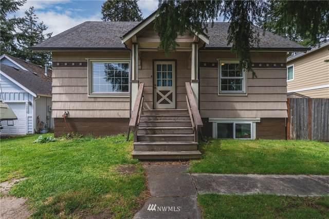 13808 C Street S, Tacoma, WA 98444 (#1765611) :: The Kendra Todd Group at Keller Williams