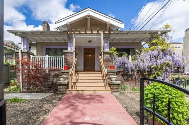 910 NE Ravenna Boulevard, Seattle, WA 98115 (#1765650) :: Northwest Home Team Realty, LLC