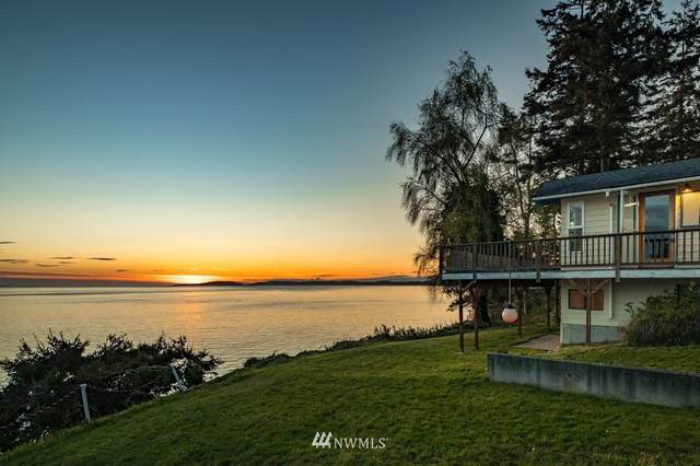 2042 Driftwood Way, Coupeville, WA 98239 (#1765717) :: Tribeca NW Real Estate