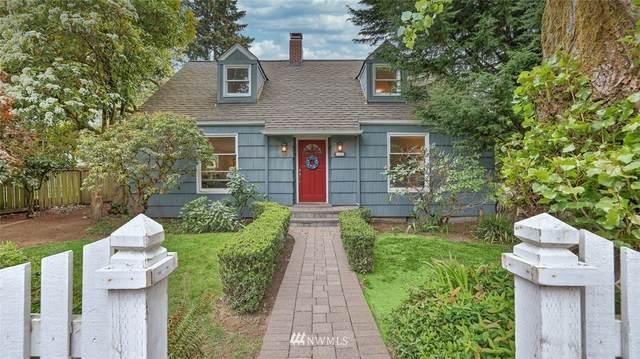 10820 SE 21st Street, Bellevue, WA 98004 (#1765841) :: Provost Team | Coldwell Banker Walla Walla