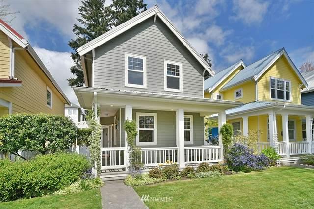 646 Madison Avenue N #8, Bainbridge Island, WA 98110 (MLS #1766171) :: Community Real Estate Group