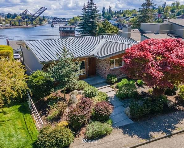 5412 40th Avenue W, Seattle, WA 98199 (#1766259) :: Ben Kinney Real Estate Team