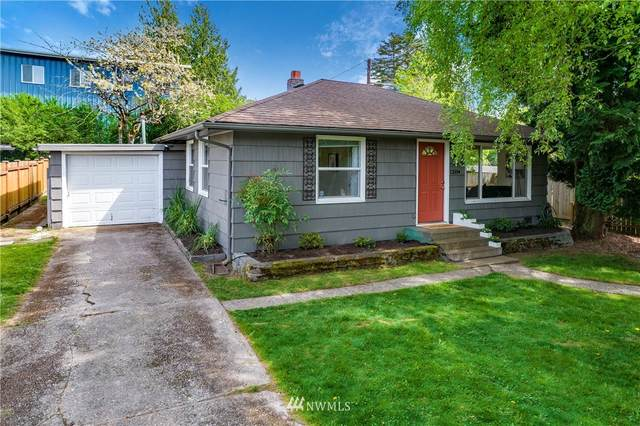 12504 Phinney Avenue N, Seattle, WA 98133 (MLS #1766446) :: Community Real Estate Group