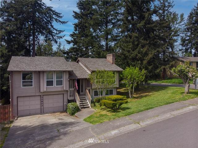 32903 SW 3rd Avenue, Federal Way, WA 98023 (#1766770) :: Beach & Blvd Real Estate Group