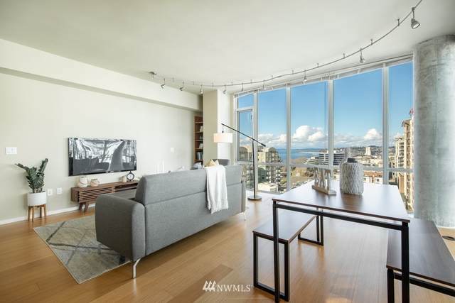 76 Cedar Street Ph 5, Seattle, WA 98121 (#1766788) :: The Shiflett Group