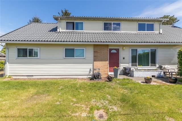 11915 Spanaway Loop Road, Tacoma, WA 98444 (#1766858) :: Front Street Realty