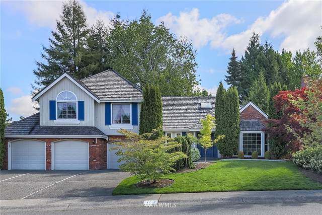 4712 241st Avenue SE, Sammamish, WA 98029 (MLS #1767049) :: Community Real Estate Group