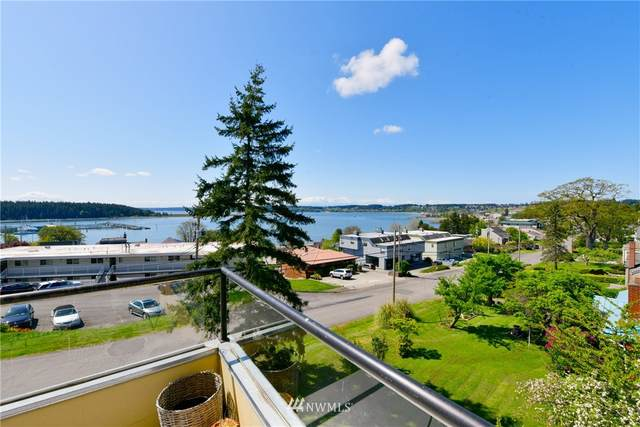 861 SE Regatta Drive #203, Oak Harbor, WA 98277 (#1767437) :: Keller Williams Western Realty
