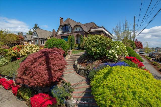 2502 28th Avenue W, Seattle, WA 98199 (#1767467) :: Alchemy Real Estate