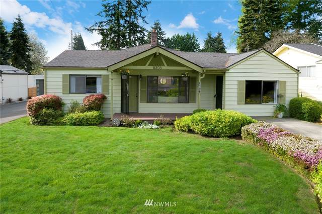 8308 218th Street SW, Edmonds, WA 98026 (#1767540) :: Ben Kinney Real Estate Team