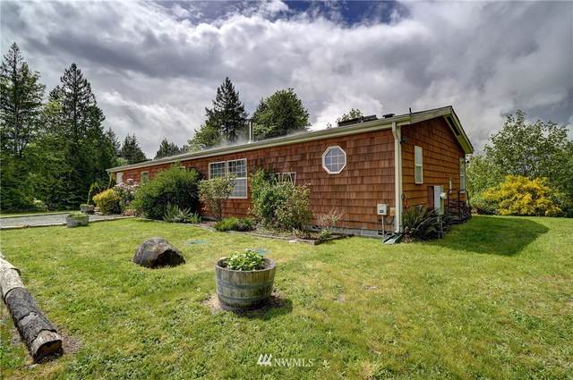 19 NW Beaver Ridge, Poulsbo, WA 98370 (#1767729) :: Ben Kinney Real Estate Team