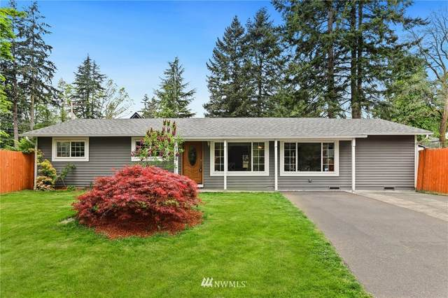 19505 32nd Avenue NE, Lake Forest Park, WA 98155 (MLS #1767898) :: Community Real Estate Group