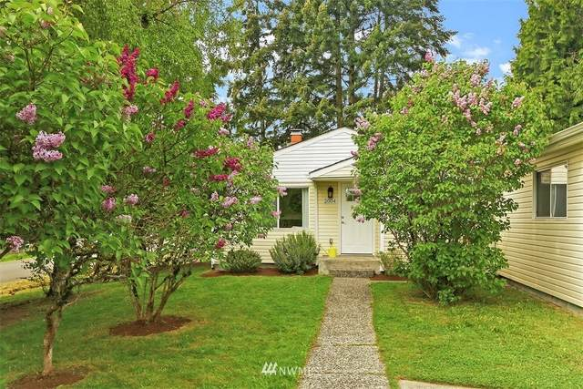 2004 NE 147th Street, Shoreline, WA 98155 (#1767977) :: Northwest Home Team Realty, LLC