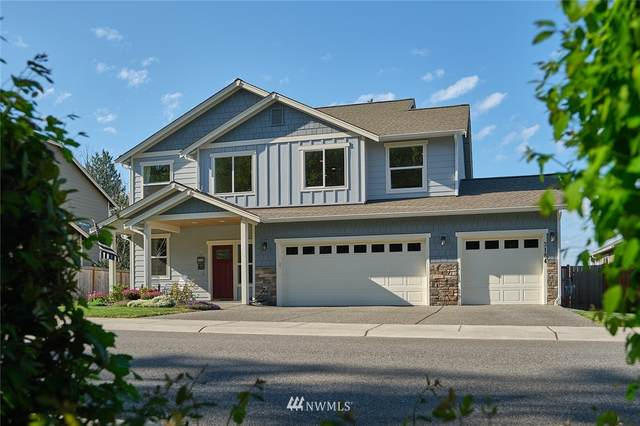 3184 SW Fairway Point Drive, Oak Harbor, WA 98277 (#1768379) :: Ben Kinney Real Estate Team