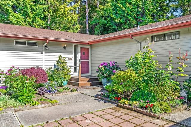 24434 10th Avenue S, Des Moines, WA 98198 (#1768394) :: The Kendra Todd Group at Keller Williams