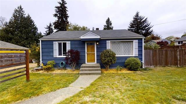 702 SW 106th Street, Seattle, WA 98146 (#1768628) :: Provost Team | Coldwell Banker Walla Walla