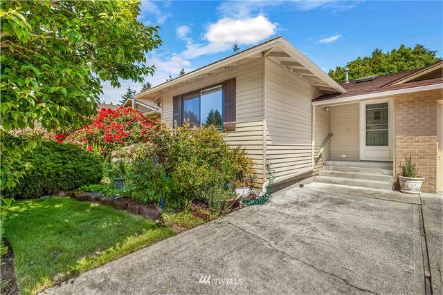 24820 9th Place S, Des Moines, WA 98198 (#1768630) :: The Kendra Todd Group at Keller Williams