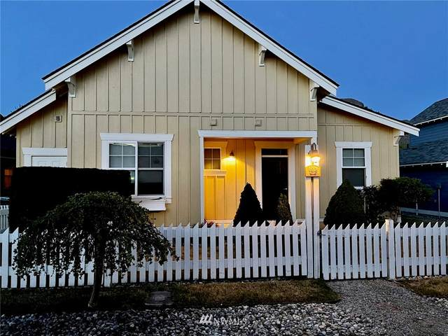 102 Shenanigan Lane, Oroville, WA 98844 (#1768642) :: NextHome South Sound