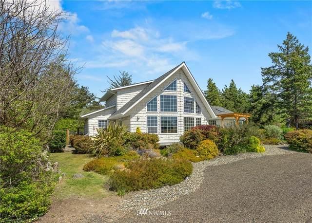 580 Puffin Avenue NE, Ocean Shores, WA 98569 (#1768655) :: Ben Kinney Real Estate Team