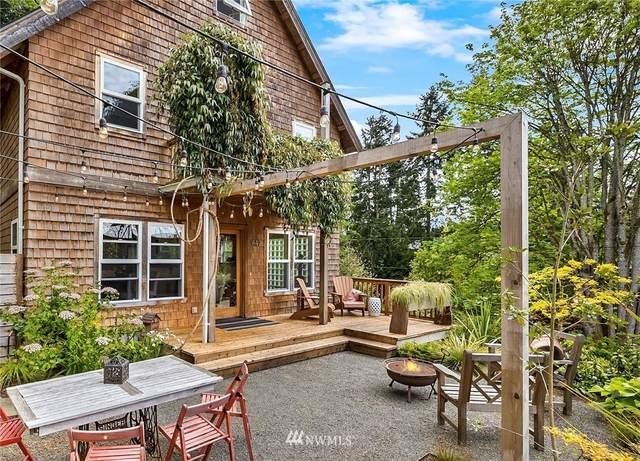 447 Wood Avenue SW, Bainbridge Island, WA 98110 (MLS #1768705) :: Community Real Estate Group
