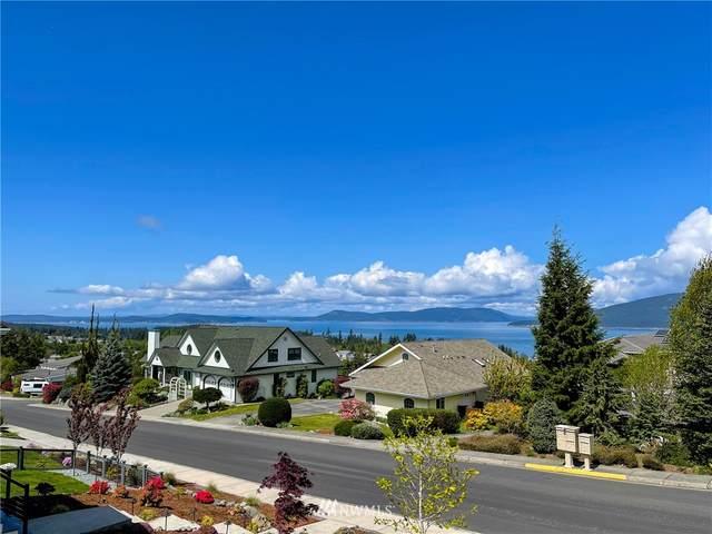 3613 W 10th Street, Anacortes, WA 98221 (MLS #1768866) :: Community Real Estate Group