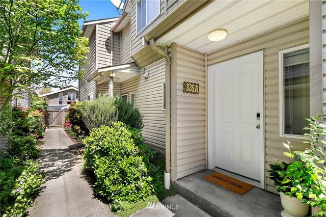 335 N 105th Street A, Seattle, WA 98133 (#1768965) :: Better Homes and Gardens Real Estate McKenzie Group