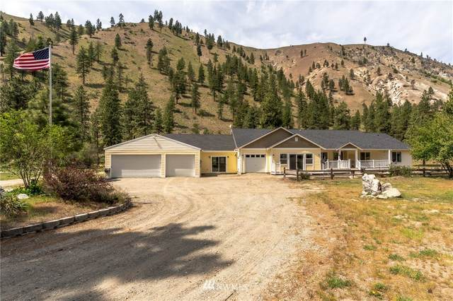 5550 Navarre Coulee Road, Chelan, WA 98816 (#1769044) :: The Snow Group