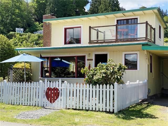 6878 Swanson Street, Clinton, WA 98236 (#1769223) :: Northwest Home Team Realty, LLC