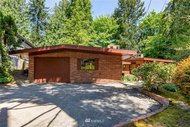 3216 NE 167th Street, Lake Forest Park, WA 98155 (#1769274) :: Northern Key Team