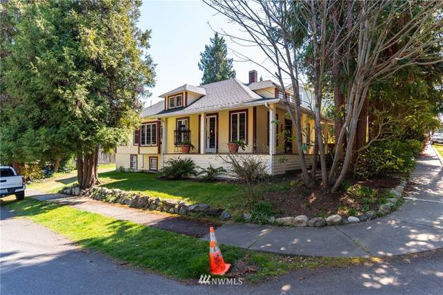 4532 36th Avenue W, Seattle, WA 98199 (#1769281) :: Alchemy Real Estate