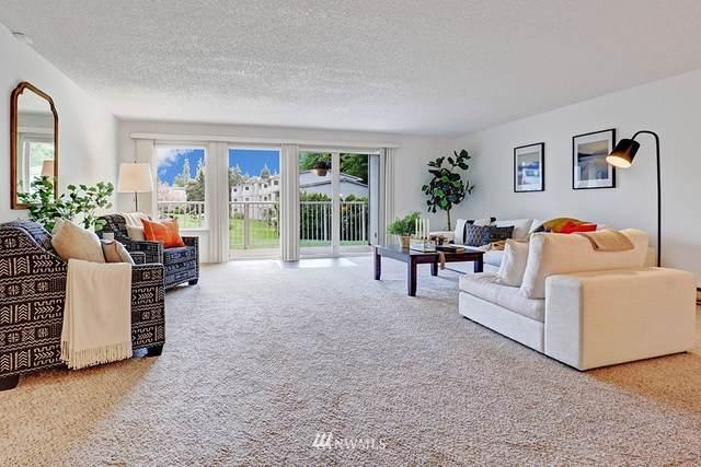 13207 15th Avenue NE A4, Seattle, WA 98125 (#1769532) :: Alchemy Real Estate