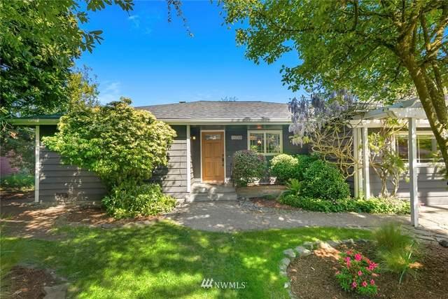 11736 9th Avenue NE, Seattle, WA 98125 (#1769578) :: McAuley Homes