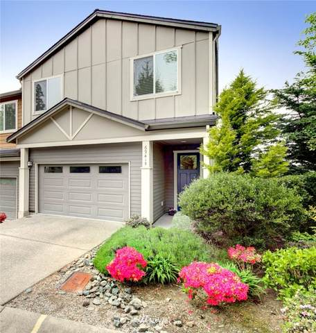 6941 134th Court SE B, Newcastle, WA 98059 (#1769633) :: Northwest Home Team Realty, LLC