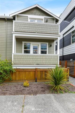 4429 41st Avenue SW B, Seattle, WA 98116 (#1769780) :: Better Properties Lacey