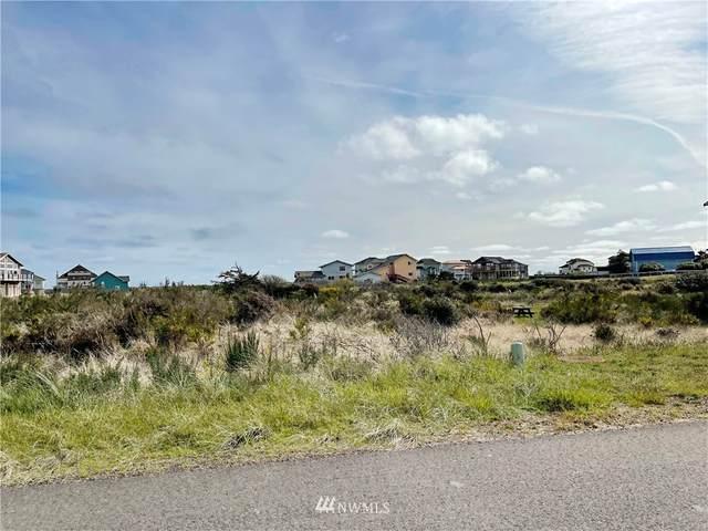 1431 N Jetty Avenue, Ocean Shores, WA 98569 (#1769970) :: Lucas Pinto Real Estate Group