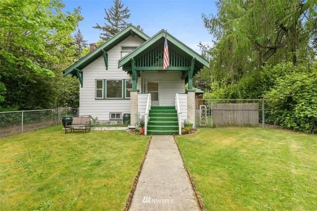 11017 17th Avenue NE, Seattle, WA 98125 (#1769981) :: Icon Real Estate Group
