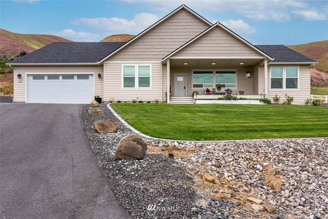 115 Diede Hills Lane, Wenatchee, WA 98801 (#1770175) :: Icon Real Estate Group