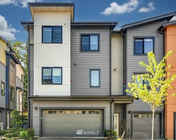 22895 SE 5th Court, Sammamish, WA 98074 (MLS #1770274) :: Community Real Estate Group
