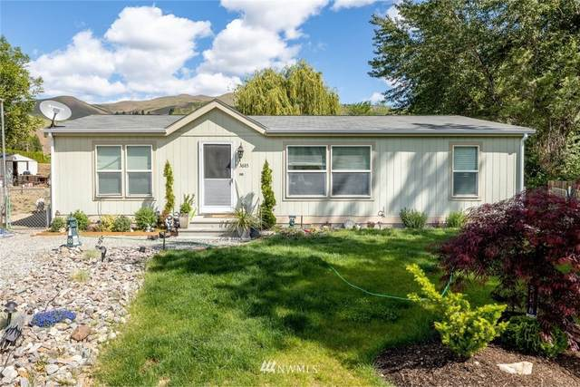 3685 Iroquois Lane, Wenatchee, WA 98801 (MLS #1770278) :: Community Real Estate Group